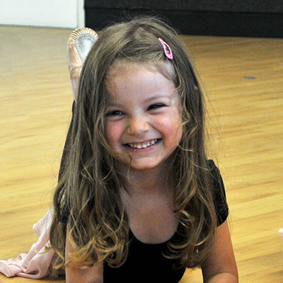 Ballet / Tap  (2 ½ yrs.- 3 ½ yrs.) minimum age by Sept. of current school year