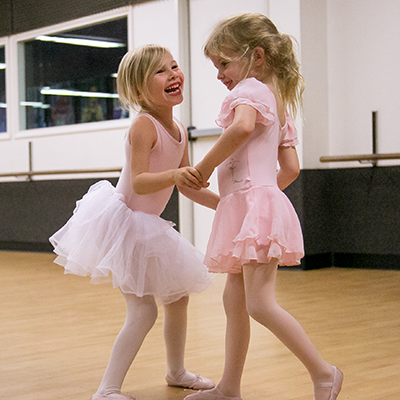 Ballet / Tap  (3 yrs.- 4 ½ yrs.) minimum age by Sept. of current school year