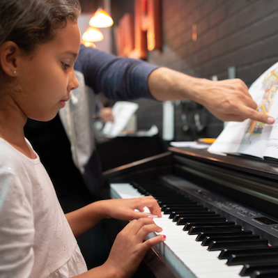 PIANO & KEYBOARD LESSONS